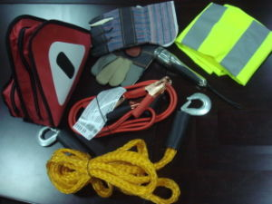 Car Emergency Kit pictures & photos