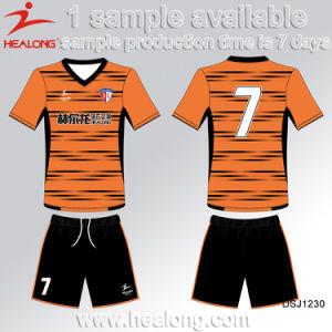 Healong New Design Garment Sublimation Men′s Soccer Jersey pictures & photos