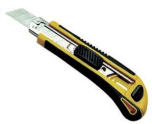 Professional Tool Steel Cutter Knife with Plastic Handle (SG-049) pictures & photos