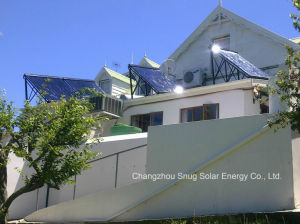 Heat Pipe Solar Collector Hot Water System for Villa pictures & photos