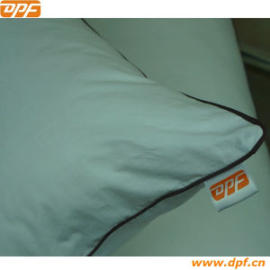 Hot Sale Comfortable Hotel Feather Pillow for Bed (DPF060447) pictures & photos