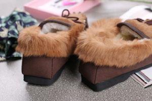 Fashion Kangaroo Fur Men Shoes with Light EVA Outsole pictures & photos