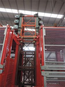 Sc200/200 Construction Elevator for Passenger and Material pictures & photos