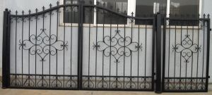Afa Certified Decorative and Durable Wrought Iron Gate pictures & photos