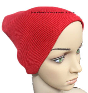 Custom Produce Color Solid Red Acrylic Knitted Winter Bibbed Beanie Snowboard Hat pictures & photos