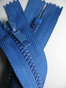 Derlin Zipper Hot Sell with Fashion Sliders Design pictures & photos