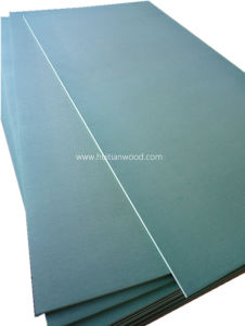 High Grade Mositure-Resistant MDF in Green Color for Kitchen/Decoration and Furniture Use pictures & photos