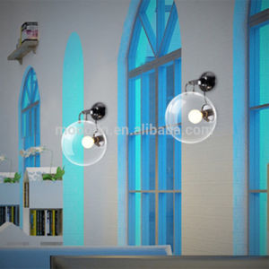 Modern Simple Style Round Bubble Clear Metal Glass and Wall Lamp Wall Light for Bedroom pictures & photos