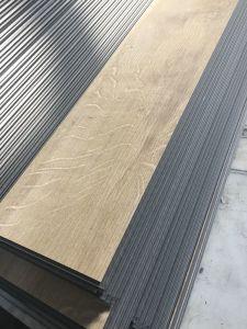 Waterproof Luxury Vinyl PVC Click Flooring Planks (wood grain) pictures & photos