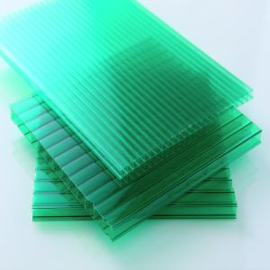 UV-Protected Polycarbonate Hollow Sunlight Roof Sheet pictures & photos