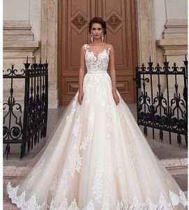 2018 Bridal Prom Dresses Sheer Bodice Lace Wedding Gowns Ld1165 pictures & photos