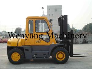 7ton China Diesel Forklift Isuzu Engine Forklift Truck with Cabin pictures & photos