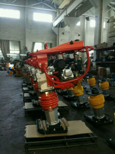 Gasoline Tamping Rammer with Honda/Robin Engine pictures & photos