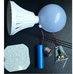 LED Emergency Light Bulb 7W9w12W High Quality Working 4-6hours pictures & photos