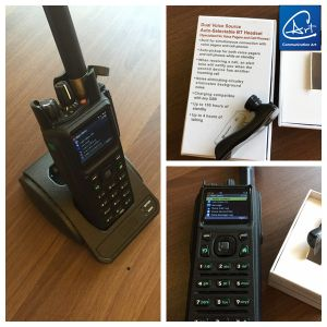 Low VHF Tactical Portable Radio, Bulid in Bluetooth Digital Radio with Bluetooth Earphone