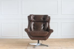 Vintage Leather Rotate Swivel Boss Manager Office Wholesale Chair pictures & photos