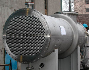 Ce &ASME Marine Shell and Tube Heat Exchanger (oil cooler) pictures & photos