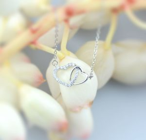925 Sterling Silver Double Hearts Pendant for Mother′s Day pictures & photos