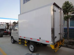 Factory Sales 1.5t Refrigerator Container Truck Meat Transport Van pictures & photos