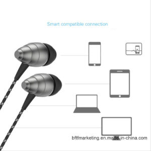 Golf M5 Metal in-Ear 3.5mm Professional Stereo Earbuds Earphones for Smartphones pictures & photos
