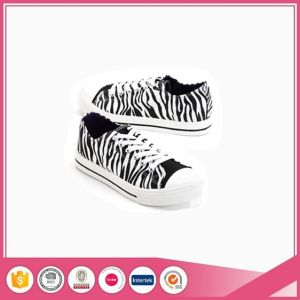 Zebra Print Fashion Basic Style Canvas Shoes pictures & photos