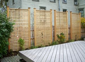 Factory WPC Fence Designs in The Garden pictures & photos