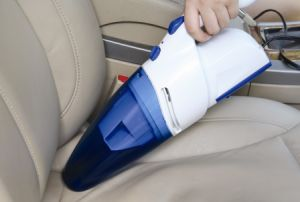 Hand Held Car Vacuum Cleaner (WIN-605) pictures & photos