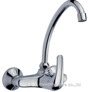High Quality Kitchen Faucet (C-11) pictures & photos