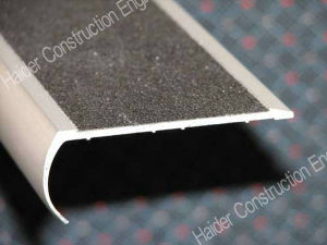 Stair Nosing with Black Carborundum pictures & photos