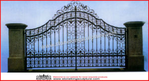 Iron Gate/ Cast Iron Gate (SK-5618) pictures & photos