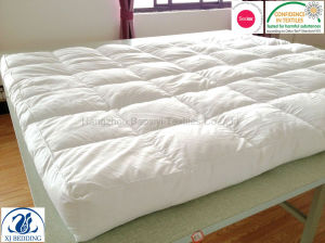 Classic Pure White Duck Feather Mattress Topper pictures & photos