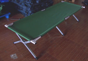 Aluminum Military Folding Camping Bed (etc01101A) pictures & photos
