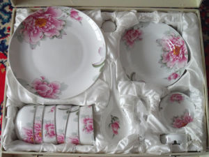 29PC Bone China Style Dinner Set with Full Decal (BC-002) pictures & photos
