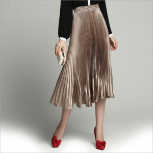 Champagne All-Match Long Pleated Skirt for Woman′s Clothes pictures & photos