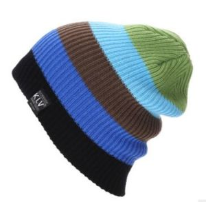 Custom Colorful Fashion Stripped Beanie, Winter Warm Beanie, Jacquard Beanie, Knitted Beanie in Various Size, Material, and Design pictures & photos