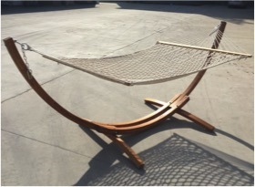 Luxury Wooden Frame Cotton Hammock pictures & photos