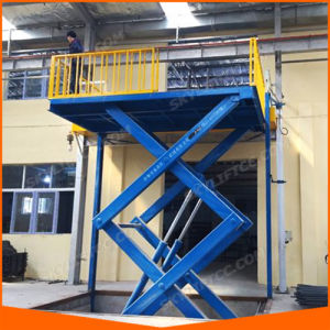 Indoor and Outdoor Stationary Hydraulic Lift Table pictures & photos
