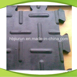 Interlocking Anti Fatigue Cow Mat with Low Price pictures & photos