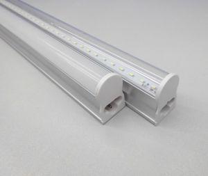 Factory Direct Sale 0.6m/1.2m/1.5m/ T5 LED Tube pictures & photos