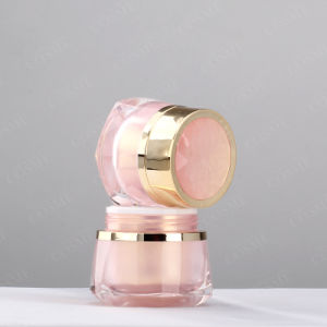 Wholesale Good Quality Plastic Cosmetic Jar pictures & photos