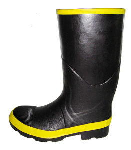 Men′s Steel Toe Safety Rubber Boots pictures & photos