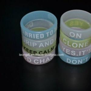 Hot Sale Electronic Cigarettes Non-Slip Silicone Bracelet pictures & photos