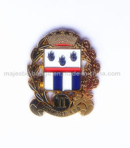 Zinc Die Cast & Gold Plating Customized Lapel Pin pictures & photos