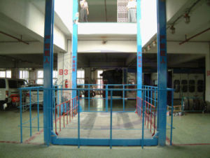 Car Lifting Table for Parking Cars pictures & photos