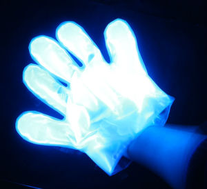 LED Display for Christmas Concert Events LED Glow Gloves pictures & photos