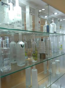 Wine&Beverage&Milk&Smoothies&Salad Glass Bottles and Jars with High Quality (JINBO) pictures & photos