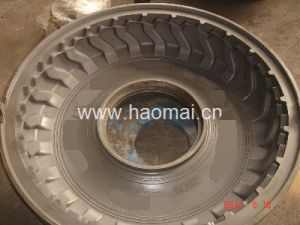 Agricultural Two Pieces Tire Mold pictures & photos