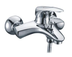 High Quality Brass Material Bathtub Faucet Mixer /Tap (CAG40253) pictures & photos