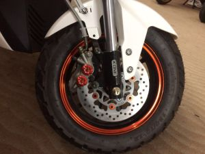 Electric Motorcycles EEC Scooters 800W-2000W 60km/H (HD1000W-MK) pictures & photos