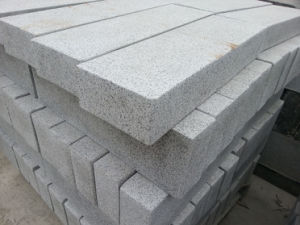 Granite Exterior Pattern Driveway Paving Stone Cube Stone pictures & photos